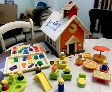 Fisher Price School 923 With Letters Trays People & Extras