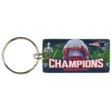 New England Patriots - Super Bowl 49 Champions Helmet & Field Collage Keychain