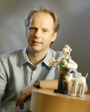Park, Nick [Wallace and Gromit] (14638) 8x10 Photo