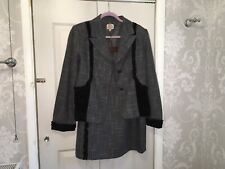 Lovely Vintage Coronets and Queens Grey Check Suit Velvet Trimming Size 14/16