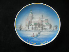 Rosenthal Christmas Plate 1994 Marienkirche Stralsund ( int. pos-no. 8)