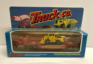 vintage 1982 Hot Wheels TRUCK CO. Construction Hauler with CAT #5957 * RARE *