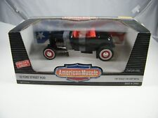 ERTL AMERICAN MUSCLE BLACK '32 FORD STREET ROD 1/18 DIE CAST COLLECTORS EDITION