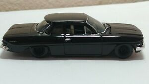 Muscle Machines '61 Chevy Biscayne 2dr Black 1/64