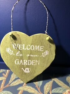 Gisela Graham Shabby Chic Green Wooden Heart Welcome To Our Garden