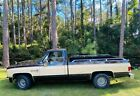 1986 Chevrolet C10  Chevy C-10 Custom Deluxe 2WD V8 with long bed