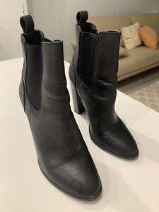 Women's Lipstik black leather boots size 7