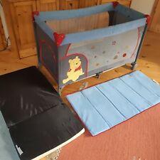 Reisebett Hauck 'Winnie Pooh' Edition mit Schlupf & Matratze 120x60cm Kinderbett