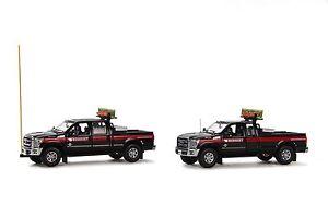 "Ford F250 Pickup Trucks - ""MAMMOET"" - Oversize Load Escort Set - 1/50 - Sword"