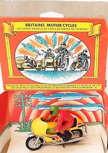 Britains Ltd 1:32 NORTON 850cc RACING MOTORCYCLE Diecast + Driver #9671 MIB`74!