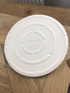 """New Typhoon Extra Large 15"""" Pizza Stone RRP £49"""