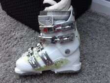 Ladies Salomon Charm 7 Ski Boots