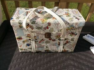 1960's Fab Print Cooler Bag/box ridged Vintage Retro with carrying handles +ice