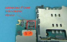 Reparation connecteur 4 power jack iphone 3gs 3g soudure repair carte mere