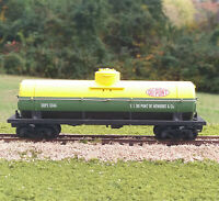 Tyco HO Scale DuPont Tank Car, Green and Yellow, Vintage, Classic