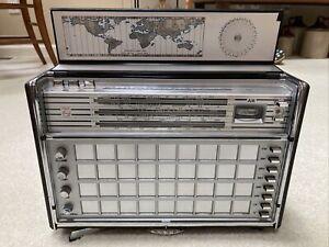 Philips Norelco Transistor Radio Vintage 1966-68 AM/FM/SW/MW/LW De Luxe Model