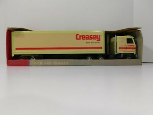 ERTL Pressed Steel Creasey Food Distributors Semi Truck and Trailer New in Box