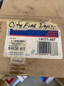 For Chevy C1500 K1500 Tahoe GMC Yukon Ceramic Rear Drum Brake Shoes GM