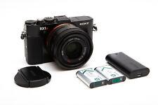 Sony Cyber-shot DSC-RX1RM2 RX1R II Mirrorless 42.4MP Kit w/ Zeiss 35mm f/2 Lens