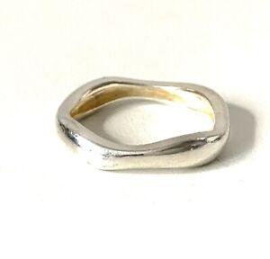 Modernist Solid Sterling Silver Mirror Finish Wave Effect Band Ring : UK: V