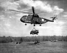 "Sikorsky CH-3C Jolly Green Giant Helicopter Jeep 8""x 10"" Vietnam War Photo 309"