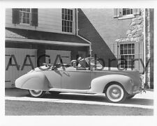 1939 Lincoln Zephyr Convertible Coupe, Factory Photo (Ref. #52801)