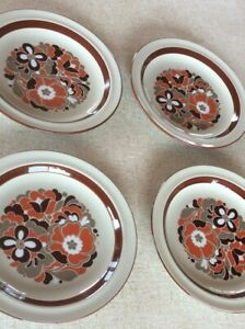 Wilco Vintage Stoneware Side/Bread & Butter Plates x 4 made Japan retro pattern