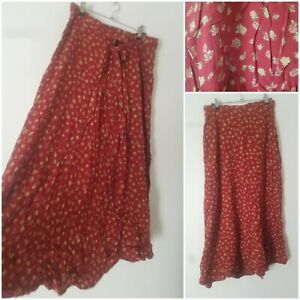 Vintage Boho Red Ditsy Floral Tie Front Midi Skirt Size 10 Gypsy Hippie Arty