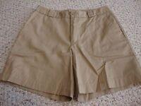 Women's GAP khaki shorts, 8