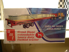 GREAT DANE EXTENDABLE FLAT BED TRAILER  AMT 1:25 SCALE PLASTIC MODEL KIT