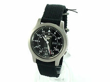 SEIKO Mens SNK809 SEIKO 5 Automatic Black Cloth Band Retail $185 USA Model