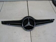NUOVO Originale Mercedes MB CLC W203 08-11 PARAURTI ANTERIORE DESTRA CROMATA Stampaggio Trim