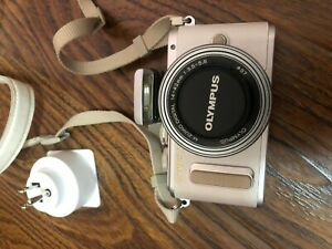 Olympus Pen EPL 8 body and lens