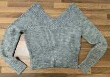 STYLISH GREY V NECK OFF THE SHOULDER KNITTED CROPPED JUMPER FROM H&M SIZE SMALL