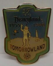 Disney Cast Member 35th Anniversary Shield Set Tomorrowland Pin only