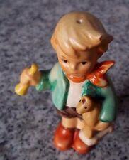 """Hummel Figur Hum 239/C/0 """"Junge mit Holzpferd"""" FM 7 * Figur des Kinder Trio"""