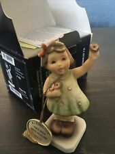 Hummel Club Forever Yours 793 Tmk7 1st issue Boxed Cert & Hang Tag Girl Flowers