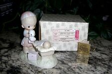 Precious Moments, 2802, Christmas Is A Time To Share, No Mark, Black & White Box