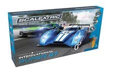 Scalextric Set C1369 Internacional Super Conjunto de carrera de tamaño completo GT