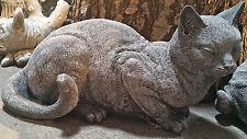 Katze liegend Gartenfigur Stein (1065B) Englischer Antik Steinguss Steinfigur