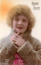BE185 Carte Photo vintage card RPPC Femme woman colored colorié Fourrure Bonnet
