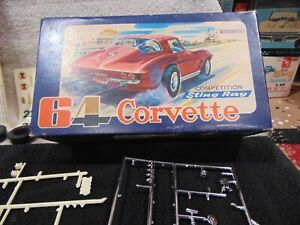 MPC 1964 Chevrolet Corvette Competition Sting Ray 1/25 Scale PARTIAL BUILD 1-149