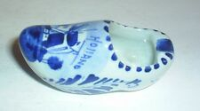 POTTERY DELFT CLOG SHOE BLUE AND WHITE PATTERN HOLLAND WINDMILL IMAGE GLAZED