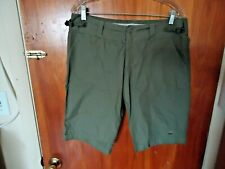 """Womens """" NWT """" Nike Size M (8-10) Army / Olive Green Shorts """" BEAUTIFUL PAIR """""""