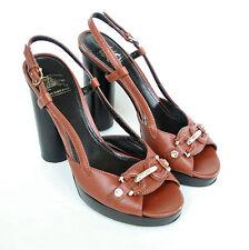 BURBERRY PRORSUM $610 brown leather platform heels pumps buckle shoes 40/10 NEW