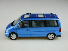 Schuco 1/43 Mercedes Benz V Klasse bluemetallic SUV ohne Box 513477