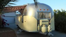 No Reserve! Beautiful Vintage 1960 Airstream Travel Trailer, Camper, Tiny House