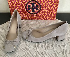 """Tory Burch Laila Shoes Round Toe Gray Suede Pump Logo 50mm 2"""" Heels Size 6.5 US"""