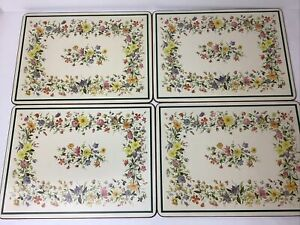 """Pimpernel Floral Garland 4 x Large Place Mats Good Used Condition 12"""" x 9"""""""