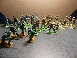 Britains Ltd. WW2 Various Soldier Group Set